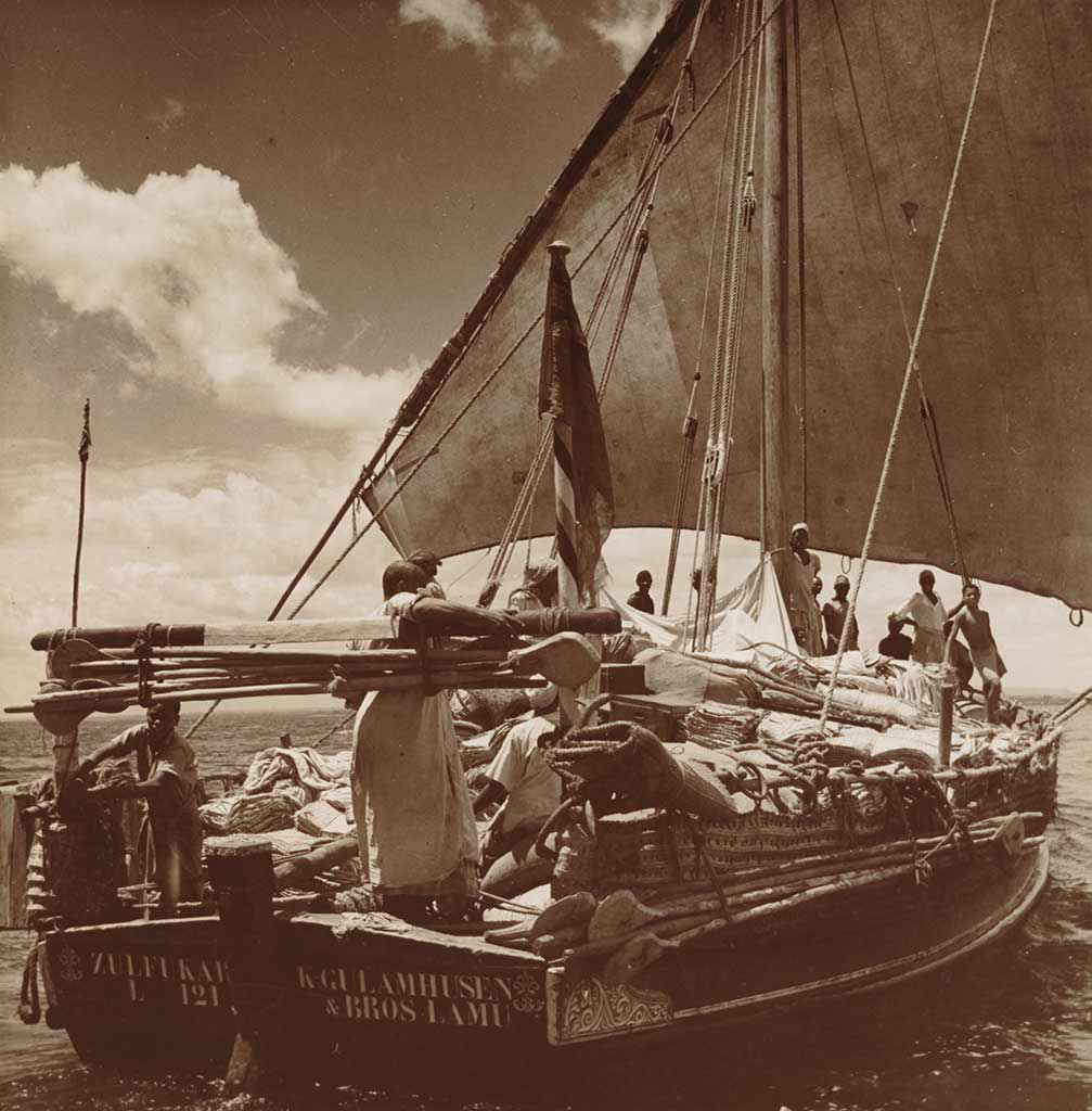 dhows4